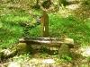 Einer der unzähligen Brunnen am Wegesrand