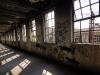 Industrieruine - Licht & Schatten